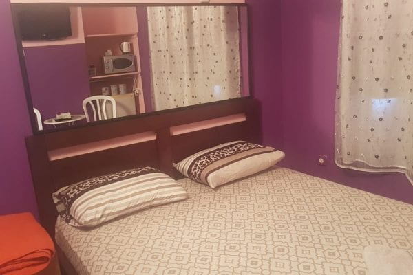 החדר הסגול